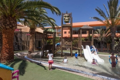 60-entertainment-7-hotel-barcelo-fuerteventura-thalasso-spa_tcm7-35385_w1600_h870_n