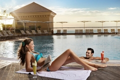 Amwaj-Rotana-Swimming-Pool