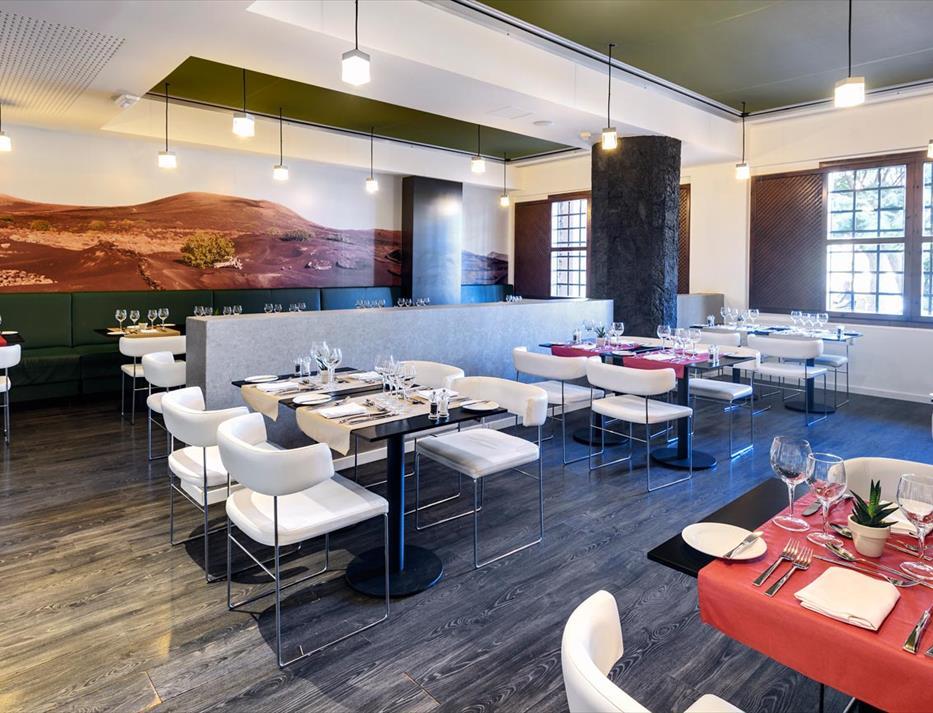 398-restaurant-9-hotel-occidental-lanzarote-playa_tcm7-129663_w933_h713_n
