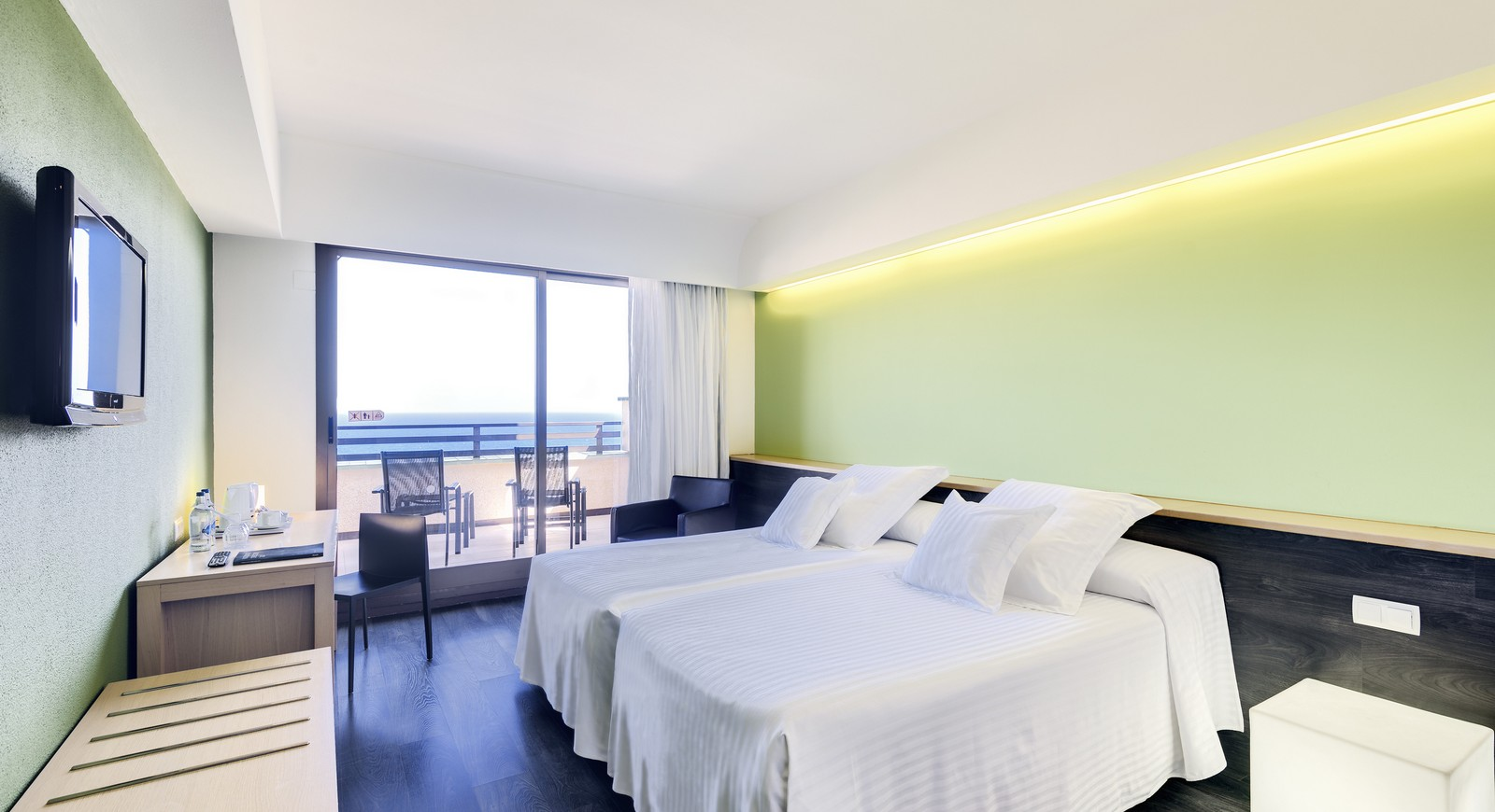 398-room-37-hotel-occidental-lanzarote-playa_tcm7-118075_w1600_h870_n